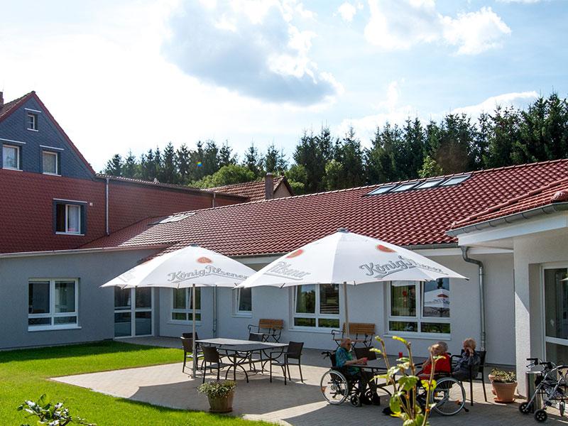 Der Biergarten im schönen Landhaus am Papenberg in Osterode.